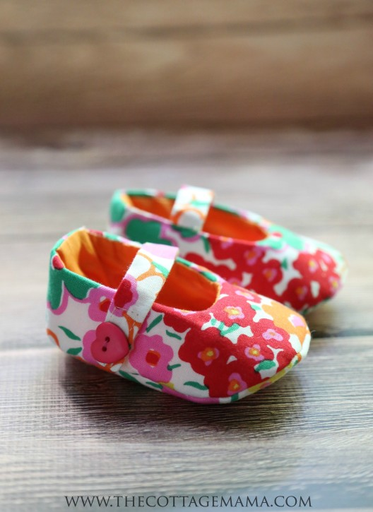 Mary Jane Baby Shoes FREE Pattern
