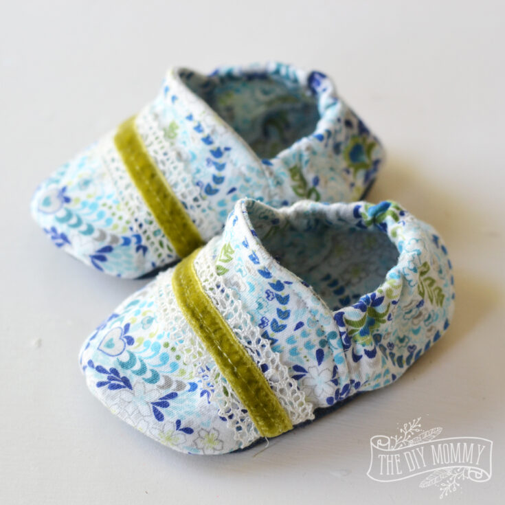 Video: Sew Soft Baby Slippers