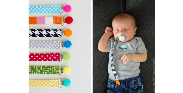 Pacifier clip FREE tutorial