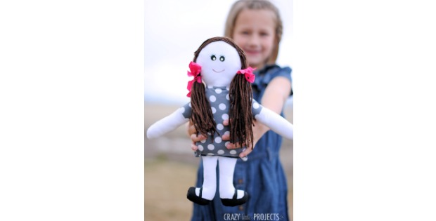 Easy Rag Doll Cute FREE sewing pattern